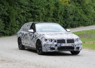 BMW 5-Series spy shot