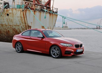 BMW M235i Coupe 2014