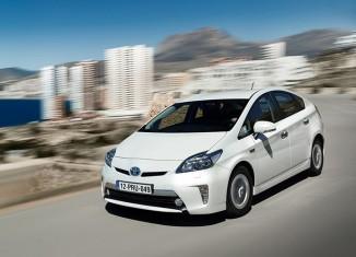 Toyota Prius Plug-in Hybrid 2013