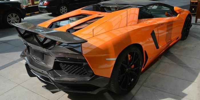 Lamborghini Aventador Roadster SV