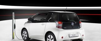 зарядка батарей Toyota