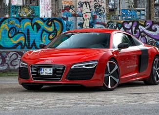 Audi R8 e-tron Concept 2013