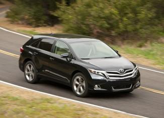 Toyota отзывает около 1300 автомобилей Venza в России