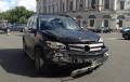 «Мерседес» с блондинкой за рулем вылетел на проезжую часть Невского