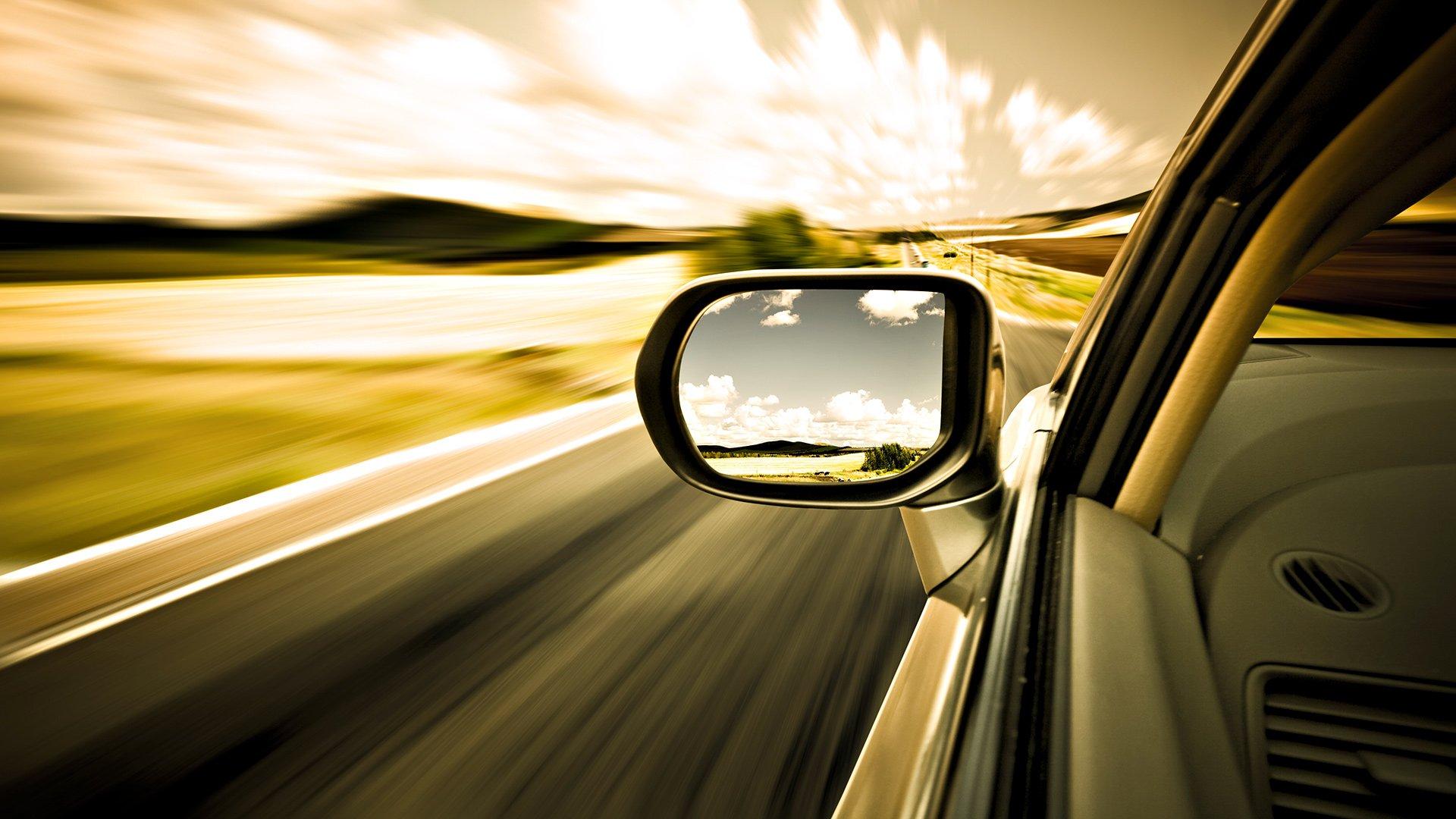 В зеркале заднего вида: взлёты и падения автопрома в 2014 году