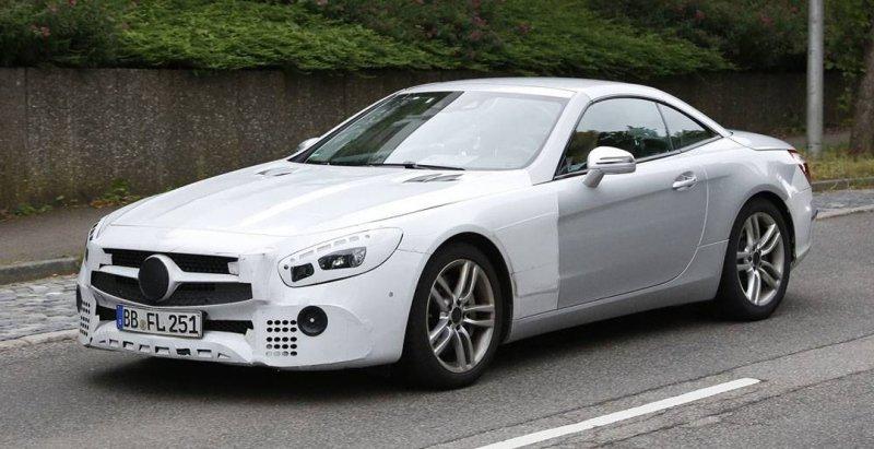 В Германии был замечен обновленный Mercedes-Benz SL без камуфляжа