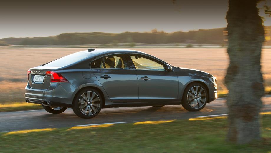 Фирма Volvo совместила полный привод с мотором T6 на моделях 60