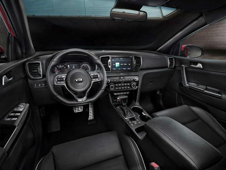 Kia Sportage нового поколения появится на российском рынке после 2016